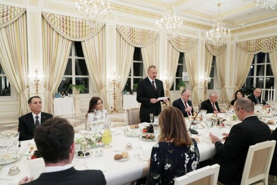 Official reception hosted in Baku in honor of Bulgarian president (PHOTO)
