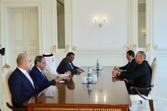 Ilham Aliyev receives delegation of Cooperation Council for Arab States of Gulf (PHOTO)