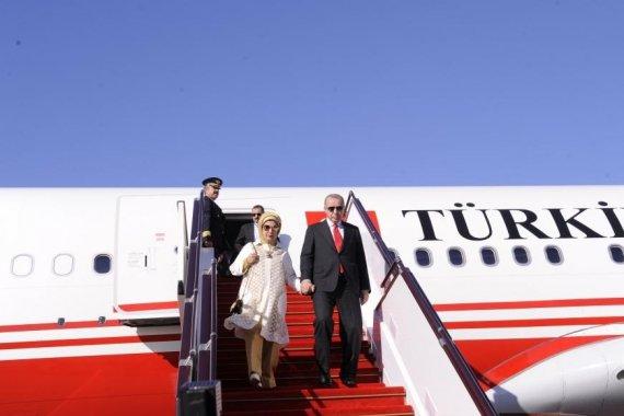 Turkish President Recep Tayyip Erdogan arrives in Azerbaijan for visit (PHOTO)