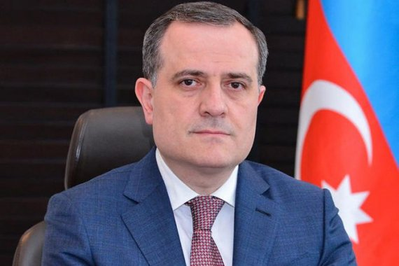 Jeyhun Bayramov expresses condolences to his Iranian counterpart